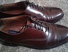 крутые коженные мужские туфли бренда Вostonian