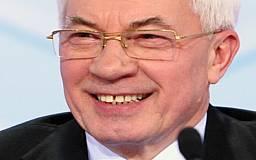 Кабмин Азарова не отправили в отставку