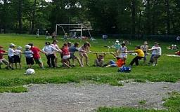 В Кривом Роге стартовал сезон летних пришкольных лагерей