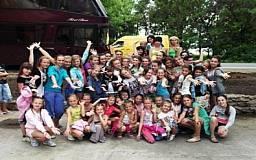 22 ребенка из Кривого Рога получили ожоги стоп на фестивале в Болгарии