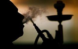 Минздрав советует не садиться за руль после курения кальяна