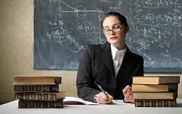 Украинским учителям не доплачивают ежемесячно 3-5 тысяч гривен, - экс-министр образования