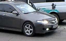 Водитель-нарушитель угрожал пешеходам монтировкой (ОБНОВЛЕНО)