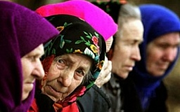 Украинцам повысят пенсии
