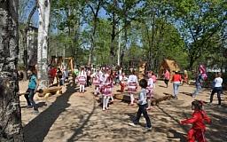 В Кривом Роге открылась детская площадка, благодаря программе «Город – нашими руками»