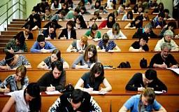 Минобразования разрешило вузам самостоятельно определять начало учебного года