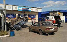 На Днепропетровщине автомобиль въехал в кафе. Есть погибшие