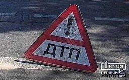 Через недотримання водієм дистанції сталася потрійна аварія у Кривому Розі