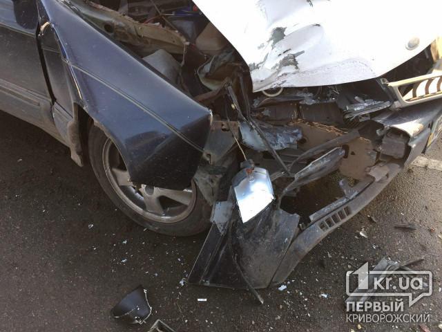 мерседес сбил пешехода насмерть кривой рог шесть внешних