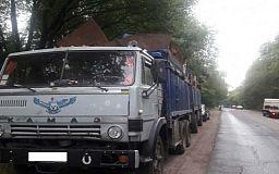 В Кривом Роге водитель грузовика перевозил 24 тонны металлолома неизвестного происхождения