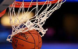 В Кривом Роге прошел турнир по баскетболу среди учеников