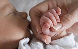 Новоспеченим мамам полегшать процедуру збору документів