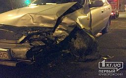 В Кривом Роге на 173-квартале Daewoo протаранил Hyundai