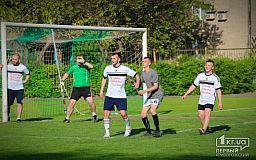Не маєте права це пропустити, - волонтери про футбольний матч між бійцями АТО
