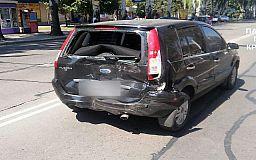 Вождение без страховки: в Кривом Роге столкнулись Fiat и Ford