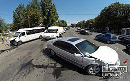 В результате ДТП в Кривом Роге пострадали пять человек (ОБНОВЛЕНО)