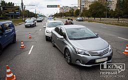 Nissan «догнал» Toyota: ДТП в Кривом Роге