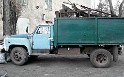 В Кривом Роге водитель грузовика перевозил металл без документов