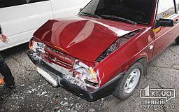 ДТП в Кривом Роге из-за ремонта дороги: ВАЗ въехал в Mercedes