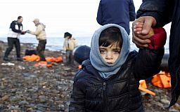 «Особливі дітки стикаються з війною кожен день», - криворізька волонтерка про фотовиставку