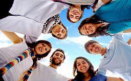 24 квітня  - Міжнародний день солідарності молоді