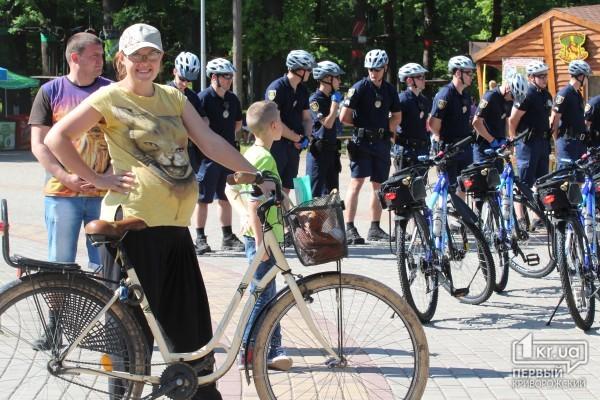 УКривому Розі почав працювати поліцейський велосипедний патруль