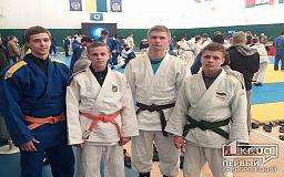 Двое криворожан успешно выступили на интернациональном турнире по дзюдо