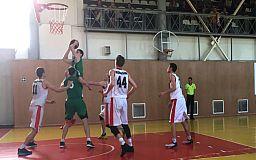 Баскетболісти Кривого Рогу вирвались у вирішальні матчі сезону