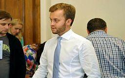 Нардеп Константин Усов потребовал от Кабмина выделить 4,3 миллиарда гривен на ремонт дорог Днепропетровщины