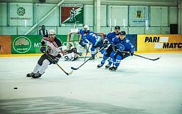 Криворожские хоккеисты побеждают киевлян