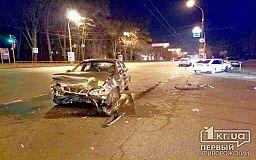 В Кривом Роге столкнулись два авто. Есть пострадавшие