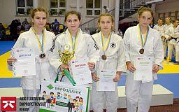 Юные криворожанки завоевали призовые места на Всеукраинском турнире по дзюдо