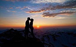 Кривой Рог сегодня: Всемирный день поцелуя