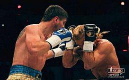 Этой ночью криворожанин Евгений Хитров будет боксировать против Пола Мендеса