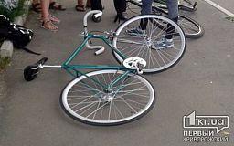 ДТП  с пострадавшими: Велосипедист оказался между двух маршруток (ИСПРАВЛЕНО)
