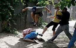 Наказан очевидцами: в Кривом Роге избили «невиновного» грабителя