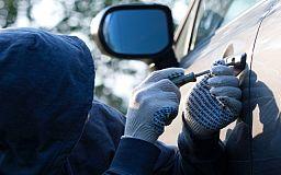 В Покровском районе «незнакомые» между собой мужчины пытались угнать автомобиль