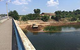 30 млн грн за 5 месяцев: В Кривом Роге строят плотину