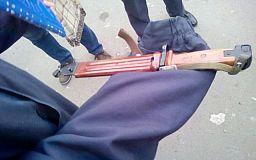 Криворожанин угрожал ножом, чтобы украсть коньяк