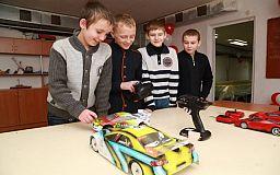 ИнГОК инвестировал 150 тыс. гривен в создание детского клуба инженерного творчества