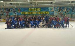 Хоккейный клуб «Кривбасс» побеждает Сборную любительской лиги