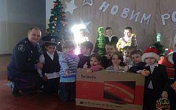 Поліція Кривого Рогу привітала вихованців школи-інтернату із Днем Святого Миколая