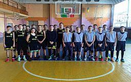 Криворізькі баскетболісти посіли перше місце на обласних змаганнях