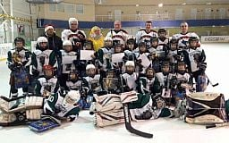 Хоккейный поединок - родители против юных хоккеистов «Кривбасса 2008»