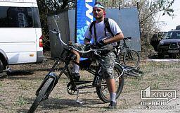Житель Кривого Рога собрал уникальный велосипед для реабилитации бойцов АТО