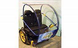 В Кривом Роге презентовали первый в городе электромобиль «Шмель»