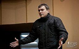 Криворожский активист Владислав Штефан идет на поправку, но пока не транспортабельный