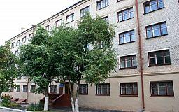 Директор Ситисервиса встретился с жильцами проблемного криворожского общежития