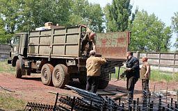 Благодаря помощи Константина Усова в зону АТО отправлена первая партия защитных экранов для танков 17-й танковой бригады