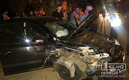 Выпил - за руль не садись: Пьяный водитель иномарки въехал в автомобиль отечественного производства